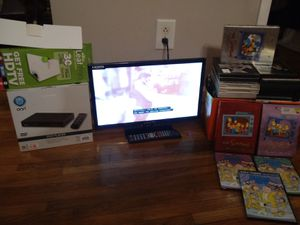 Portable TV PACKAGE DEAL & DVD PLAYER & DVD'S for Sale in Nashville, TN