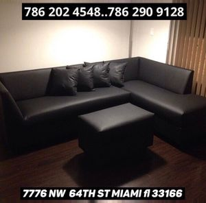Black leather sectional sofa never used!! for Sale in Medley, FL