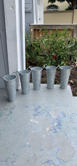 Tin Flower Vases for Sale in Redondo Beach, CA