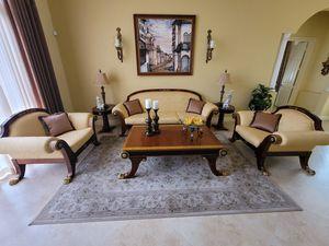 Unique classic Living room 6 pc set for Sale in Miami, FL