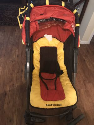 $50 Jeep Grand Cherokee Stroller Great condition for Sale in Dallas, TX