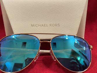 Womans Michael Kors Aviators for Sale in Glendale,  AZ