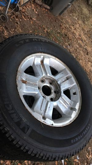 "18"" all season truck/trailer tires for Sale in Eugene, OR"