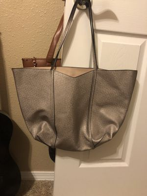 Large Tote for Sale in FL, US