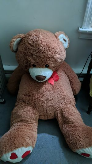 Giant teddy bear for Sale in North Chesterfield, VA
