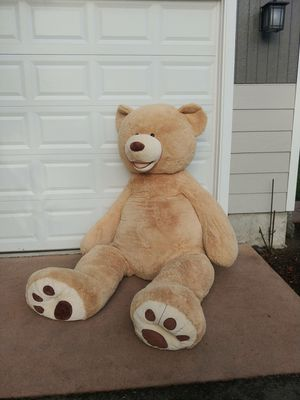 Giant Teddy bear for Sale in Bothell, WA