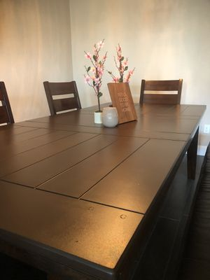 Beautiful Dining Table w/Chairs/Bench $690 OBO for Sale in Tulare, CA