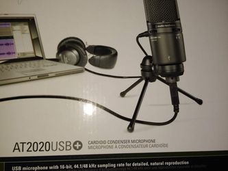 Audio Technica 2020 usb set: mic, cover, cable and stand for Sale in Queens,  NY