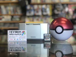 Nintendo DS Silver with Pokémon Platinum for Sale in Houston, TX