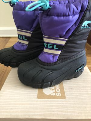 Sorel snow boots. Kids size 10 US. for Sale in Brooklyn, NY