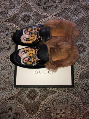 Gucci wood bottoms for Sale in Fayetteville, NC