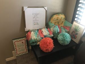 Room decor for little girl for Sale in El Paso, TX
