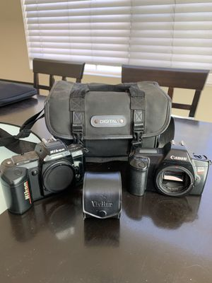 Nikon and Cannon Film Camera and Case for Sale in San Marcos, CA