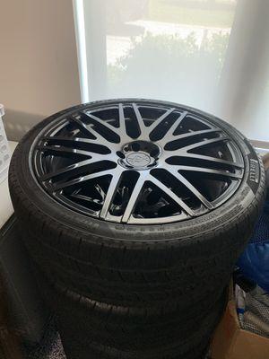 4 Avorza wheel and tire combo 22inch for Sale in Miami, FL