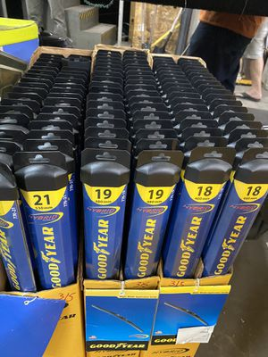Goodyear Windshield Wipers for Sale in Kenneth City, FL