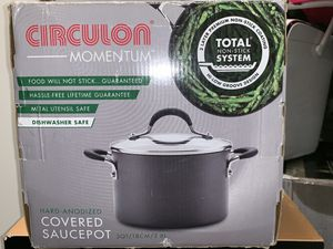 CIRCULON MOMENTUM COVERED 3 QT SAUCE-POT WITH STRAINER for Sale in Washington, DC