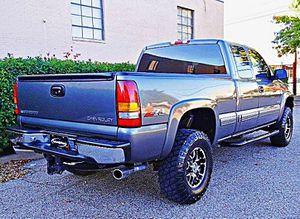Price$1200,2OO1, Chevrolet Silverado ,FWDWheels ,Cool for Sale in Searsboro, IA