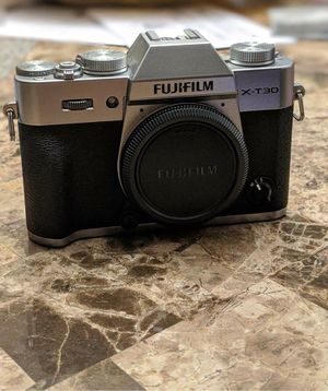 Fujifilm x-t30 (body only) for Sale in Lowell, MA