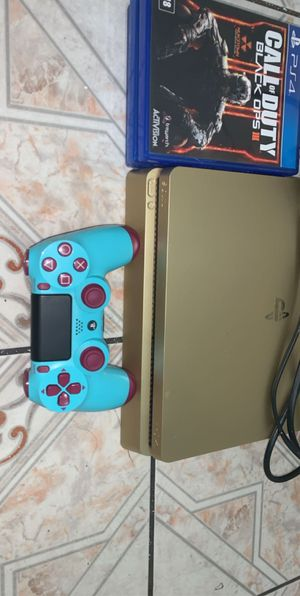 limited edition gold PS4 1tb ( Best offer takes it ) for Sale in Los Angeles, CA