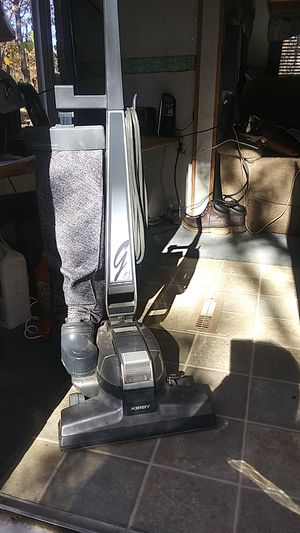 Kirby vacuum cleaner with all accessory for Sale in Concord, VA