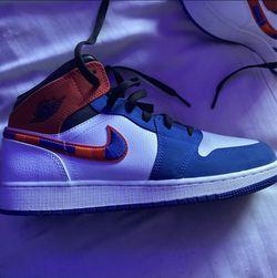 Jordan 1s size 7 women's for Sale in Las Vegas,  NV