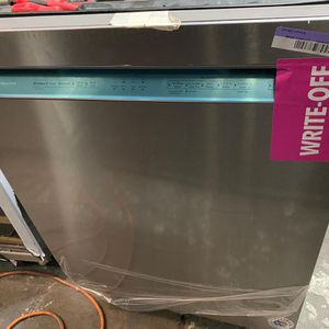 OPEN BOX KITCHEN AID DISHWASHER STAINLESS STEEL for Sale in Menifee, CA