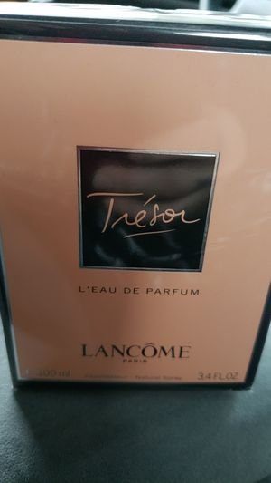 BRAND NEW IN UNOPENED BOX TRESOR LANCOME PERFUME ONLY $65 I HAVE 2 OF THESE!!! for Sale in Boston, MA