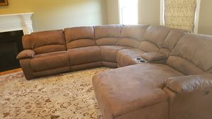 Reclinable Jordan Furnature Sectional Couch for Sale in Taunton, MA