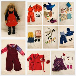Huge lot! Retired American girl doll with 10 outfits and accessories! Awesome deal! for Sale in Rogers, MN