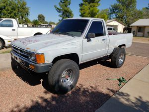 1987 Toyota Pickup 4x4 for Sale in Phoenix, AZ