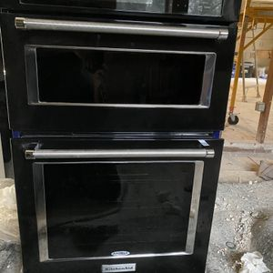 "27"" Kitchen-Aid is Oven microwave combo, Model -KOCE507EBL04. for Sale in Houston, TX"