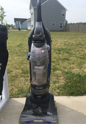 Vacuum cleaner for Sale in Chesapeake, VA