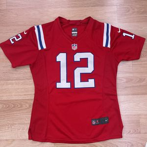 Tom Brady New England Patriots Jersey Women's Size Medium for Sale in Moreno Valley, CA