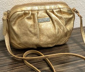 Authentic Kate Spade New York Gold Purse for Sale in Lewisville, TX
