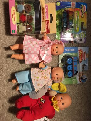 New 3 dolls&2 Thomas trains for Sale in Clarksburg, MD