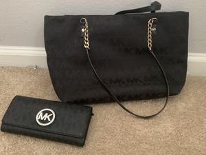 Michael Kors black tote bag for Sale in Woodbridge, VA