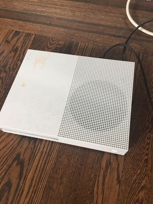 Xbox one w/ controller (negotiable price) for Sale in Philadelphia, PA
