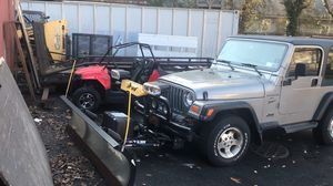 2000 Jeep Wrangler sport 4WD snow plow make offers for Sale in Oyster Bay, NY