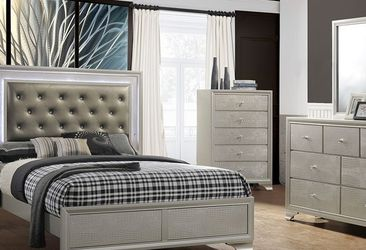 B4300 4 pc Lyssa champagne wood finish wood queen LED bedroom set for Sale in Whittier,  CA