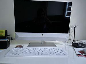 Computer HP WHITE for Sale in Miami, FL