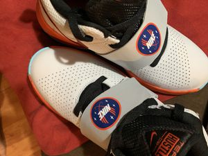 Boys Nike basketball shoes size 6.5 for Sale in Lynchburg, VA