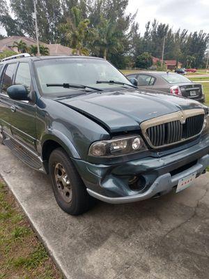 2000 Lincoln Navigator for Sale in Cape Coral, FL