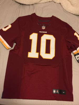 Washington Redskins Jersey (RG III) for Sale in Rockville, MD
