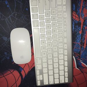 Apple Keyboard And Mouse for Sale in Los Angeles, CA