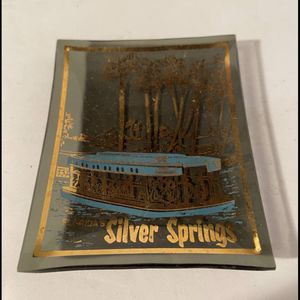 Florida's silver springs molded glass vintage ashtray for Sale in Leesburg, VA