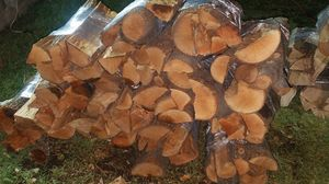 FIREWOOD BUNDLES, CORDS, STACKS & Cooking Wood for Sale in Irving, TX