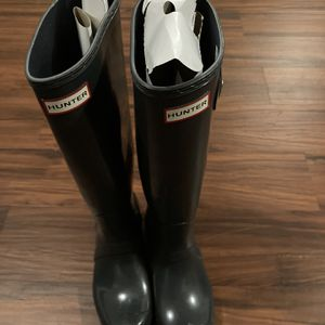 Hunter rain boots (new) for Sale in Silver Spring, MD