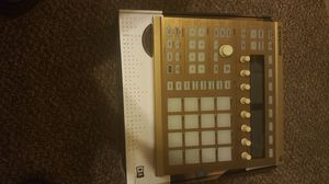 Maschine mk2 groove production mint for Sale in Phoenix, AZ