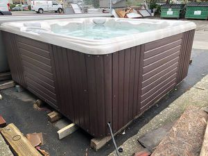 New Caldera Spa / Hot Tub - $4000.00 for Sale in American Canyon, CA
