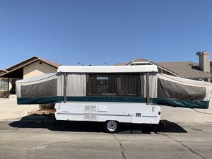 1997 Coleman Westlake pop-up tent trailer for Sale in Victorville, CA